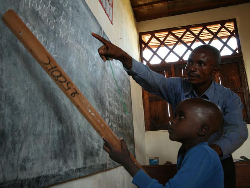 Lehrer in Kindu